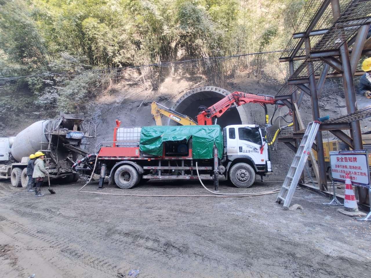 混凝土泵 濕噴臺車 青科重工